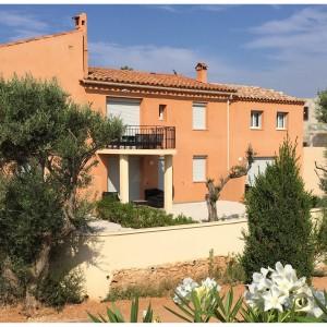 Location Bandol facade jardin